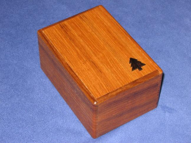 File:Box With A Tree.jpg