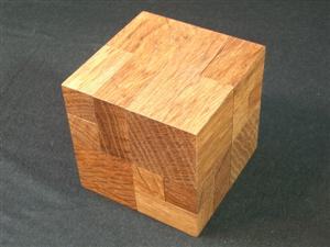 File:Iwahiro's Apparently Impossible Cube No.1 Oak.jpg