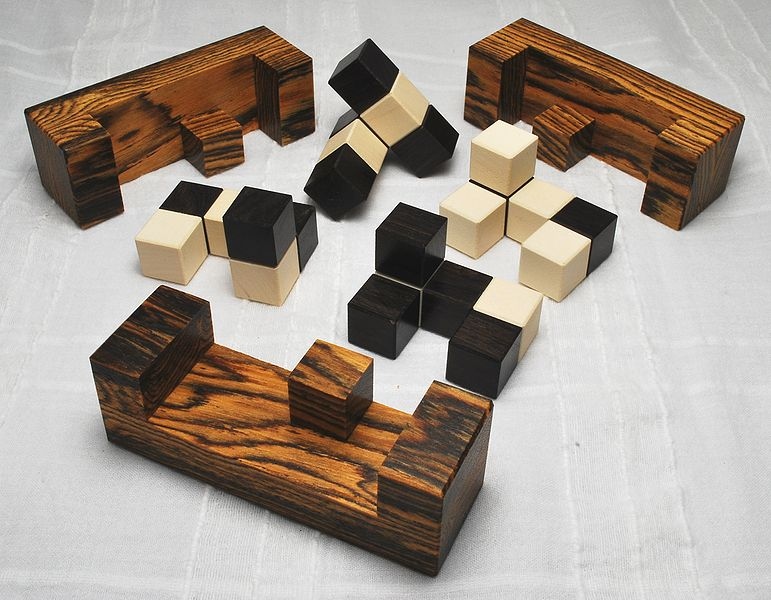 File:Barb's Cube Bocote African Blackwood Rosewood Holly Pieces.jpg